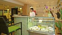 Wellness Hotel Gyula - Vitamin Bar erwartet die Hotelgäsre in der Wellnessoasis.